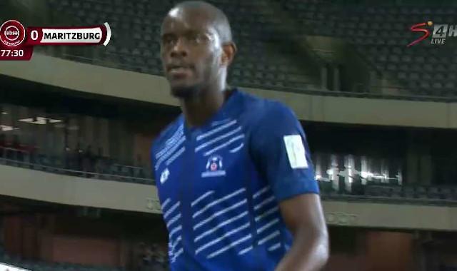Absa Premiership | Orlando Pirates v Maritzburg United | Mngonyama sent off