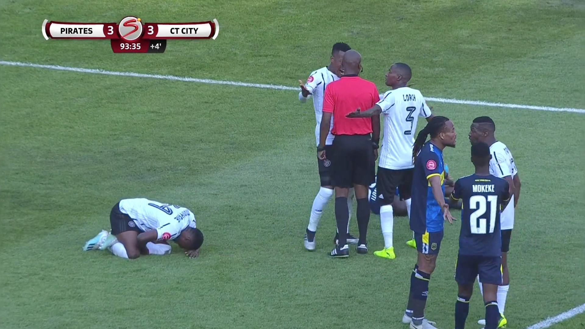 Absa Premiership | Orlando Pirates v Cape Town City | Penalty or not?